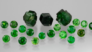 Demantoid-Garnets Gemstones