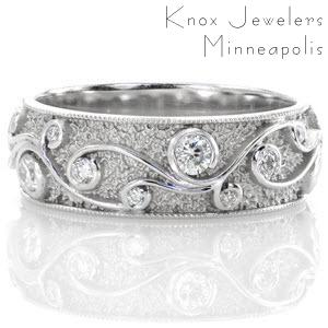 Filigree wedding ring in McAllen with diamonds and milgrain border.