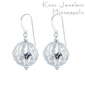 Image for Windsor Pearl Dangles